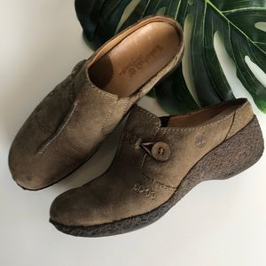 Timberland Suede Leather Brown Clogs